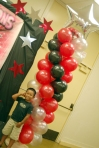 Shai Kala'iakahoewa'aikekainoa with the balloon column decoration