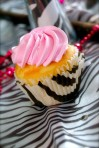 DSC_1280 Zebra Cupcake with pink frosting